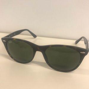 Ran Ban sunglasses Wayfarer - Tortoise frame 55-18